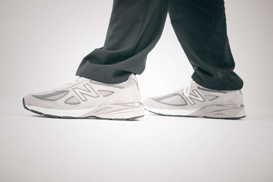 general-releases-no-time-for-hype-anton-new-balance-990-on-feet.jpg